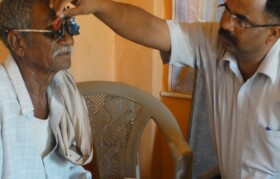 Two parallel desks for eye check-up enabled finishing 120 patients in 4 hours