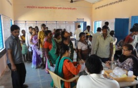 The rush of villagers continued till 5.30 pm. Support from school teachers and local volunteers was overwhelming.