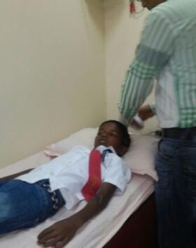Kid taken up for EEG test (Neuro test) at Dr Rajani clinic