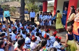 Prayers sung by Kaspada school kids